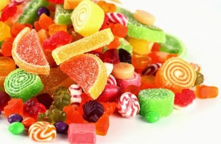دراسة: تناول السكريات بكثرة يزيد من فرص الإصابة بالزهايمر