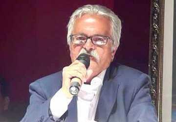 مصطفى منيغ : أحزاب مسيلمة الكذاب