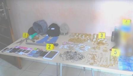إعادة تشخيص عملية سرقة محلات للمجوهرات بجهة سوس + فيديو